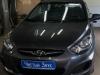 Hyundai Solaris ustanovka signalizacii StarLine A63 i golovnogo ustroistva Pioneer MVH-S100UBW