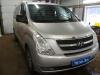 Hyundai Starex ustanovka monitora ACV i golovnogo ustroistva Pioneer