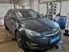 Opel Astra J ustanovka signalizacii StarLine E96