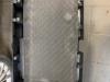 shumoisoliatsiia paneli dveri bagajnika