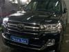 Toyota Land Cruiser ustanovka signalizacii StarLine S96 i radar-detektora