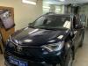 Toyota RAV 4 ustanovka datchikov parkovki META SYSTEM i bronirovanie kapota