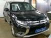 Установка автомагнитолы и адаптера рулевых кнопок на а/м Mitsubishi Outlander.jpg