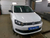 ustanovka golovnogo ustroistva i kameri zadnego i perednego vida na Volkswagen Polo