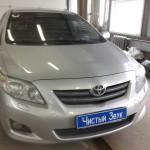 Установка усилителя и магнитолы ам Toyota Corolla. (1)