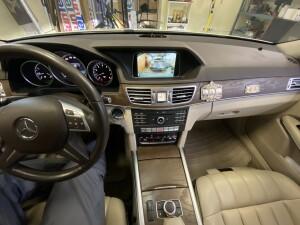 камера заднего вида на Mercedes E 3