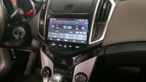 Установка головного устройства Chevrolet Cruse 2