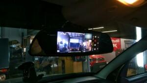 установка видеорегистратора Renault Duster 2