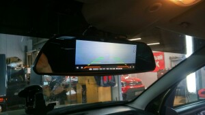установка видеорегистратора Renault Duster 3