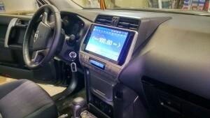установка головного устройства на Toyota LC 150 Prado 4
