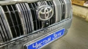 установка головного устройства на Toyota LC 150 Prado 5