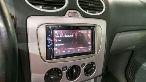 установка музыки на Ford Focus 4