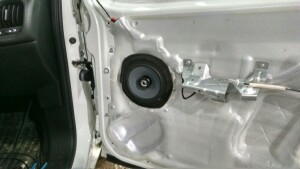 Fiat Doblo установка музыки 5