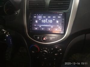 Hyundai Solaris установка музыки 3