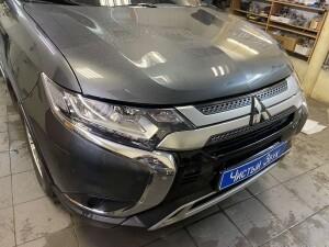 Mitsubishi Outlander бронирование 9