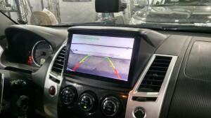 Mitsubishi pajero sport установка головного устройства 3