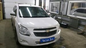 установка головного устройства на Chevrolet Cobalt 1