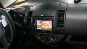 установка головного устройства на Nissan Note 3