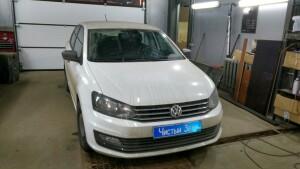 установка камеры заднего вида на Volkswagen Polo 1