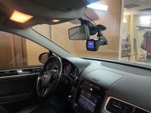 установка видеорегистратора Volkswagen Taureg 3