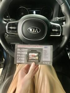 установка видеорегистратора на Kia Sorento 6
