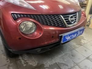 Nissan Juke установка парктроников 3