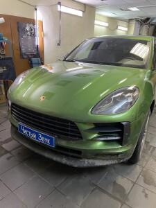 Porsche Macan установка разнеенного комбо устроства 1