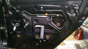 Renault Logan установка динамиков, шумоизоляция 6