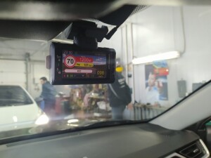 Toyota RAV-4 видеорегистратор 2