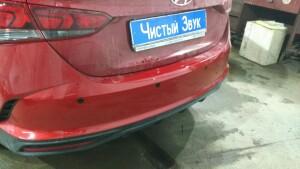 установка сигнализации и парктроников на Hyundai Solaris 2