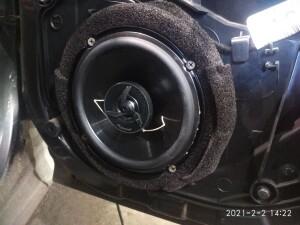 Ford Fiesta установка музыки 11