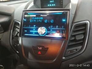 Ford Fiesta установка музыки 12