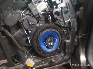 Ford Fiesta установка музыки 8
