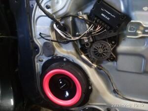 Ford Focus установка динамиков 3