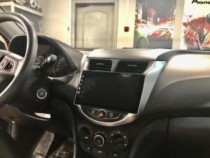 Hyundai Solaris установка автомагнитолы 3
