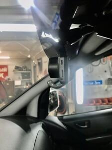 Hyundai Starex установка видеорегистратора 1