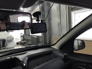 Renault Duster установка видеорегистратора 2
