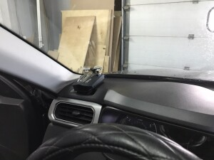 Renault arkana установка видеорегистратора 5