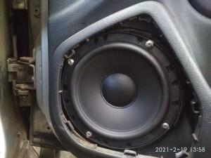 Skoda Octavia установка динамиков 2