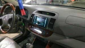 Toyota Camry установка музыки 4