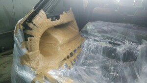 Volkswagen Touareg изготовление копруса сабвуфера 1