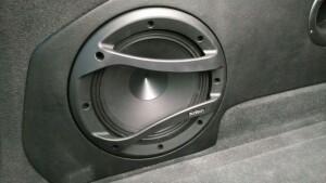 Volkswagen Touareg изготовление копруса сабвуфера 12