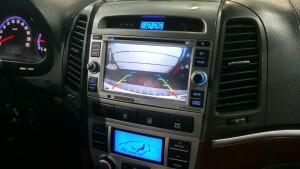 Hyundai SantaFe установка камеры заднего вида 2